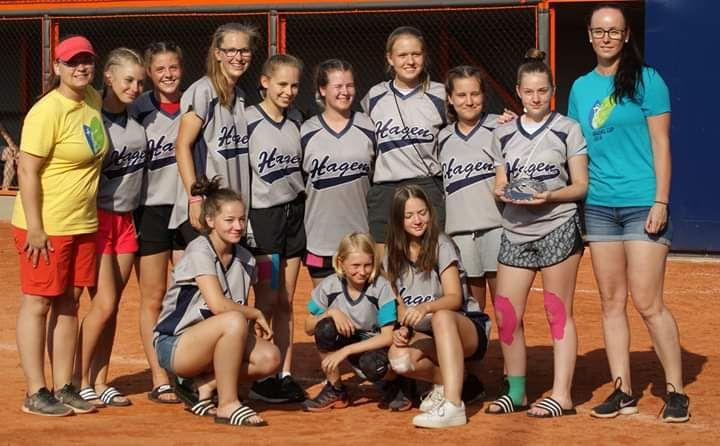 U19-Softball-Team macht erste Schritte auf internationalem Parkett